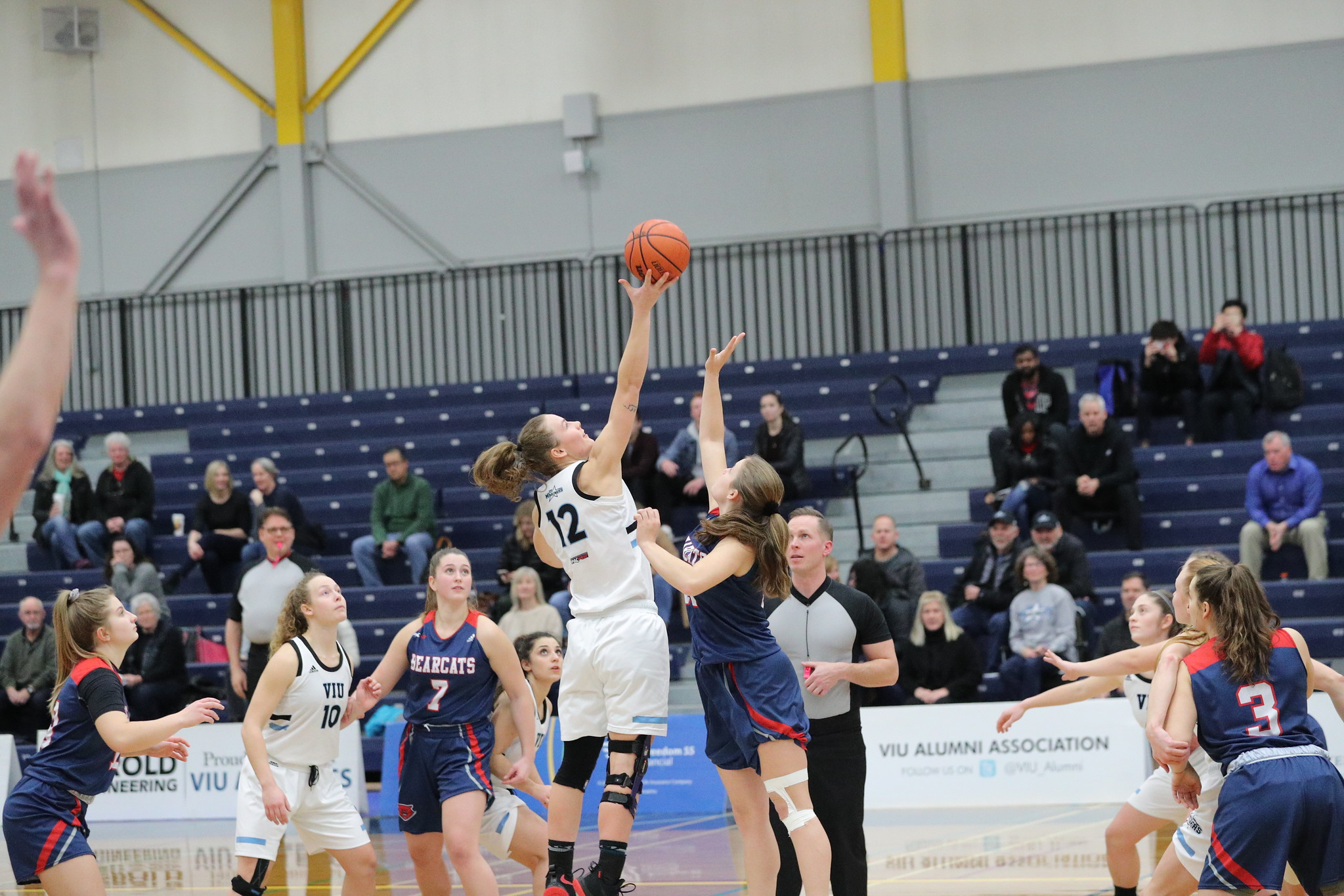 Mariners Women's Basketball Tip-off