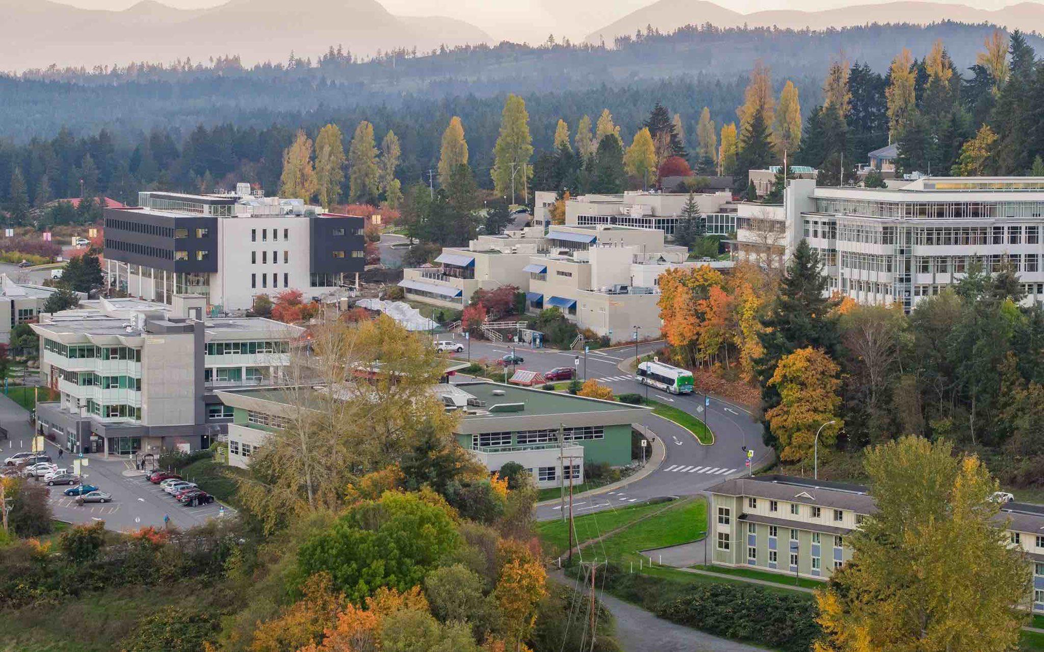 Aerial photo of VIU with beautiful fall colours